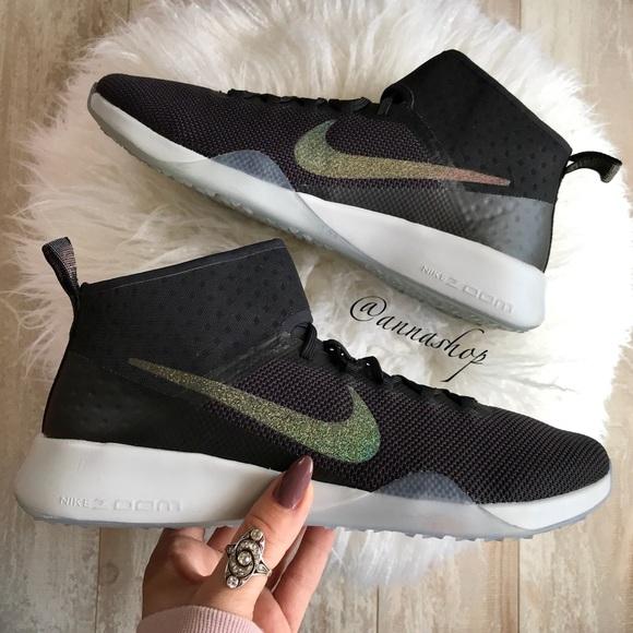 NWT Nike Air Zoom Strong 2 Metallic 63978c708